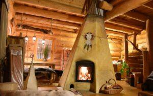 Wildwest-Lagerfeuer-Romantik mitten im Wohnzimmer